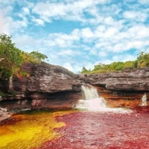 5 Sungai Terunik di Dunia, Ada yang Berwarna-warni!