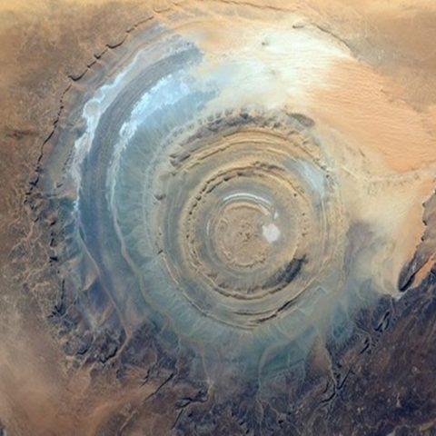 Misteri The Sahara Eye, Pusaran Pasir Aneh