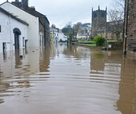 5 Penyakit Kronis yang Rentan Menyerang Saat Banjir