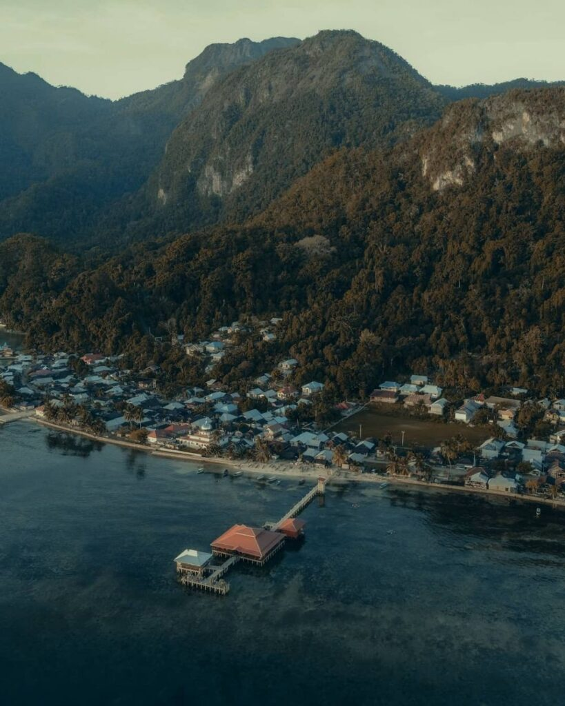10 Wisata Paling Horor di Indonesia Timur